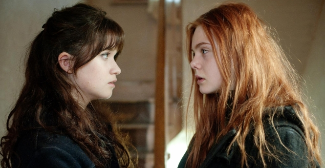 Alice Englert and Elle Fanning in 'Ginger & Rosa'