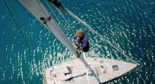 Robert Redford and his lonely yacht in 'All is Lost'