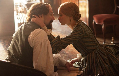 Ralph Fiennes and Felicity Jones gaze across the abyss of longing in 'The Invisible Woman'