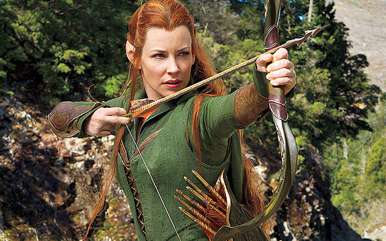 Tauriel (Evangeline Lilly) aims at Legolas' heart