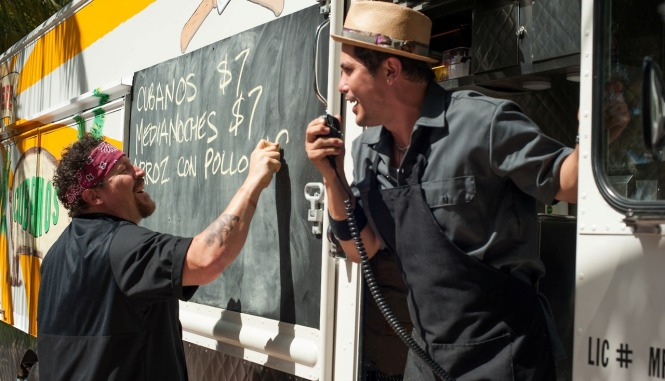 Jon Favreau and John Leguizamo in 'Chef' (Open Road Media)