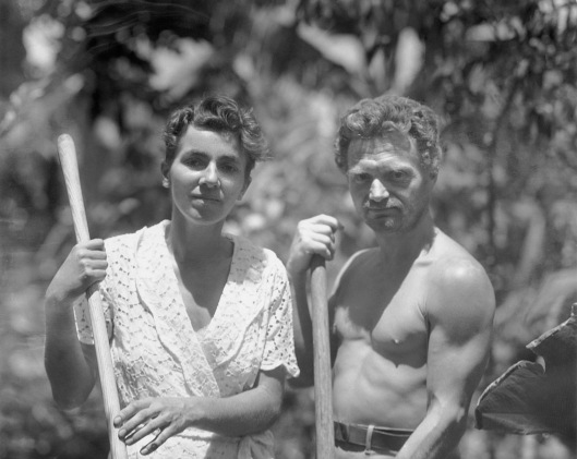 Dore Strauch and Friedrich Ritter in their Galapagos garden, c. 1932 (Zeitgeist Films)