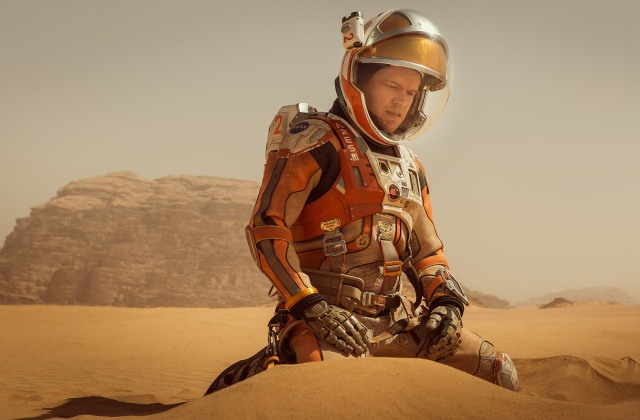 Matt Damon works on not dying in 'The Martian' (20th Century Fox)