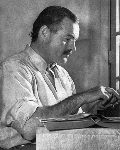 Ernest Hemingway (photo by Lloyd Arnold, 1939)