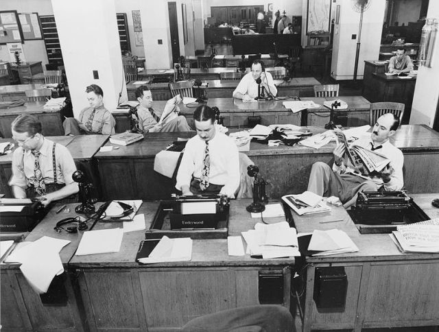 792px-The_New_York_Times_newsroom_1942